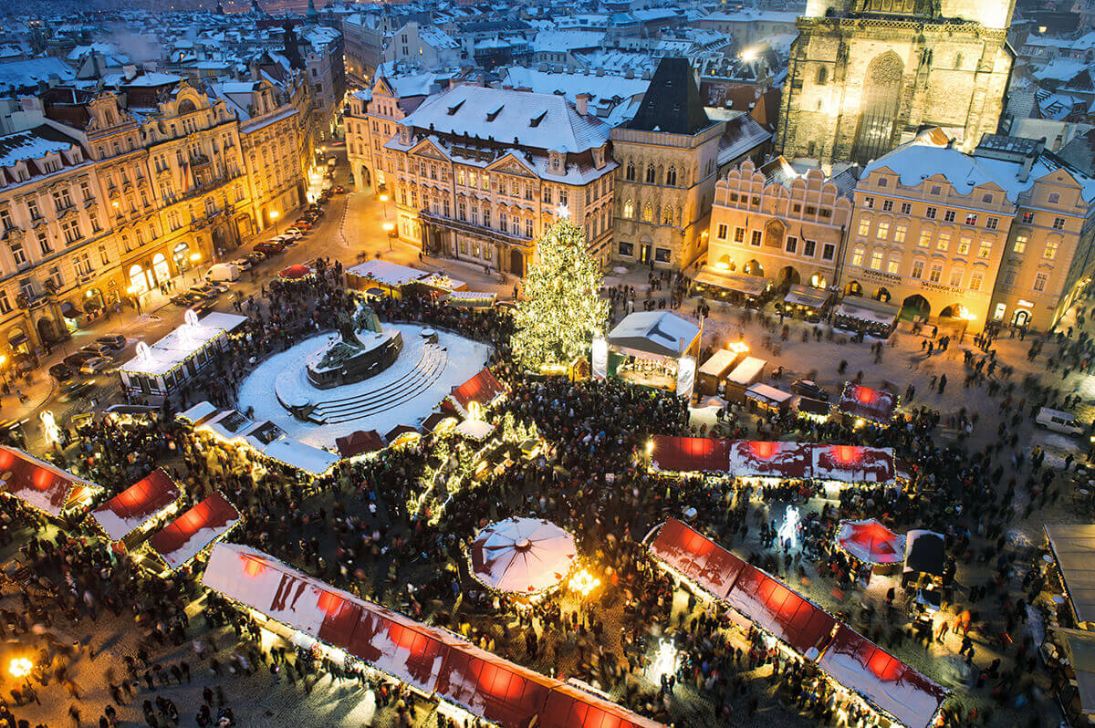 Trade fair in old town in Prague, Christmas