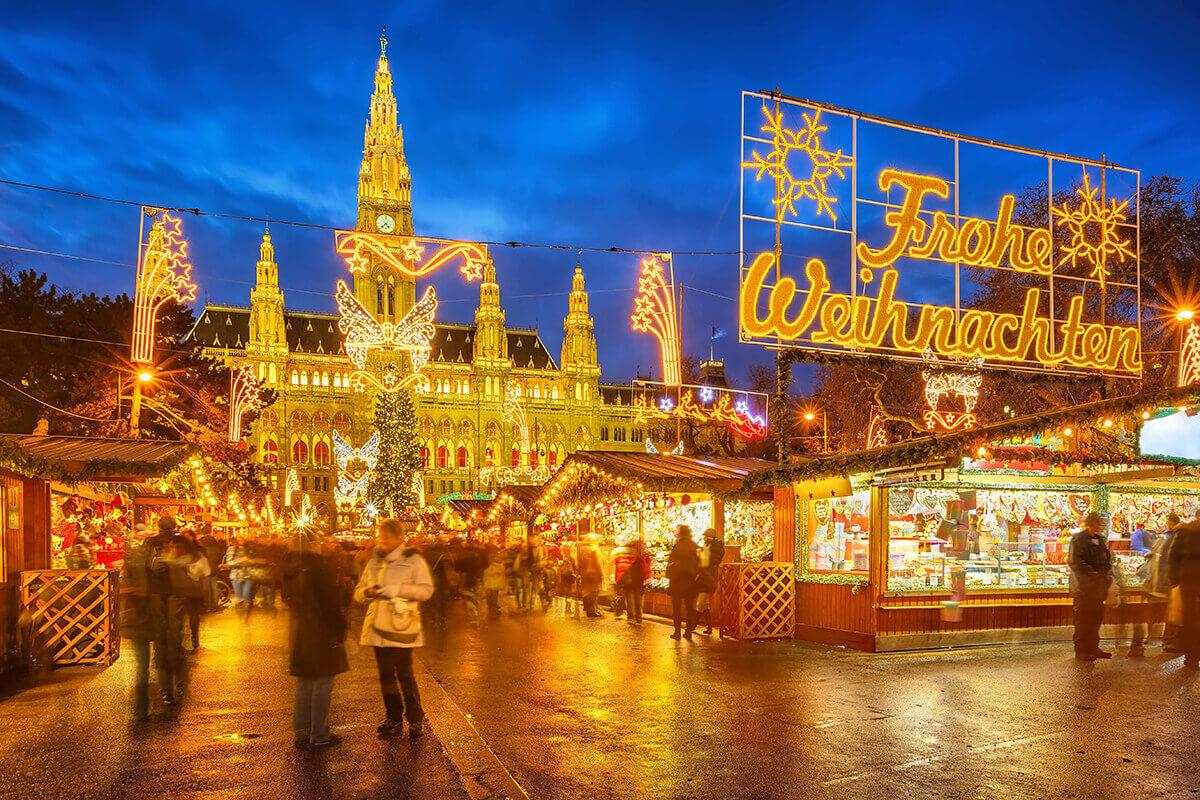 Vienna Christmas market night lights